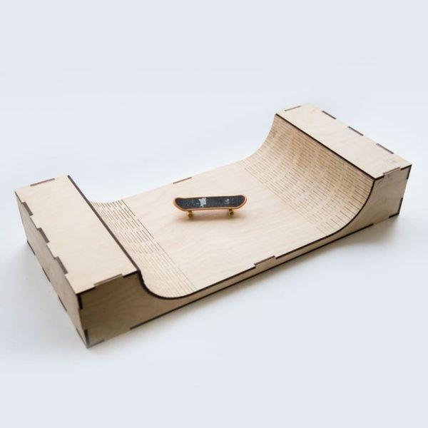 Wooden Fingerboard Ramp